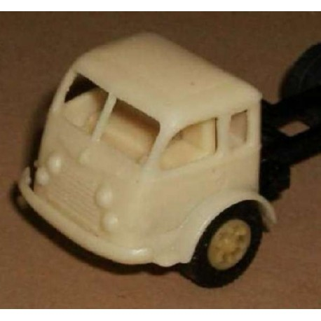 Renault Fainéant 1/87eme HO