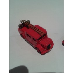CHO004 - laffly bsc2 pompier rouge 1/87eme monté/ready