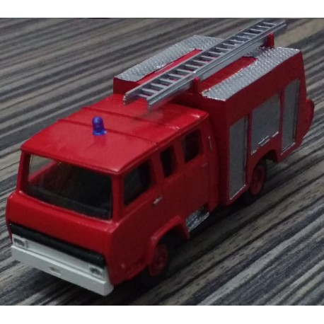 CHO781 - Berliet 770KB6 double cabine Fpt camiva - 1/87eme