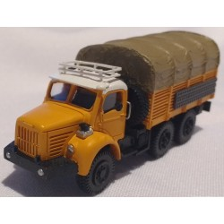 "CHO744 - berliet GBC 8 MK "" gazelle"" - orange - 1/87eme"