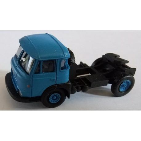 CHO1030 - tracteur 4*2 Saviem JL Cabine 840 Phase 3 - BLEU - monté ready - 1/87eme HO