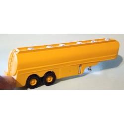 CHO2002 - citerne essence deux essieux jaune - monté ready - 1/87eme HO
